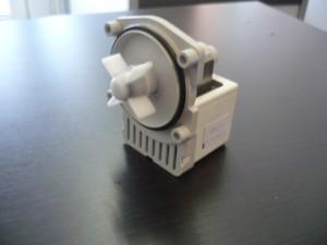 Bosch-Siemens szivattyú motor,új.GRE 30/33W Ára:4500Ft