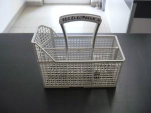 Evőeszköztartó kosár mosogatógépbe, bontott Ára:2000ft Kosár06